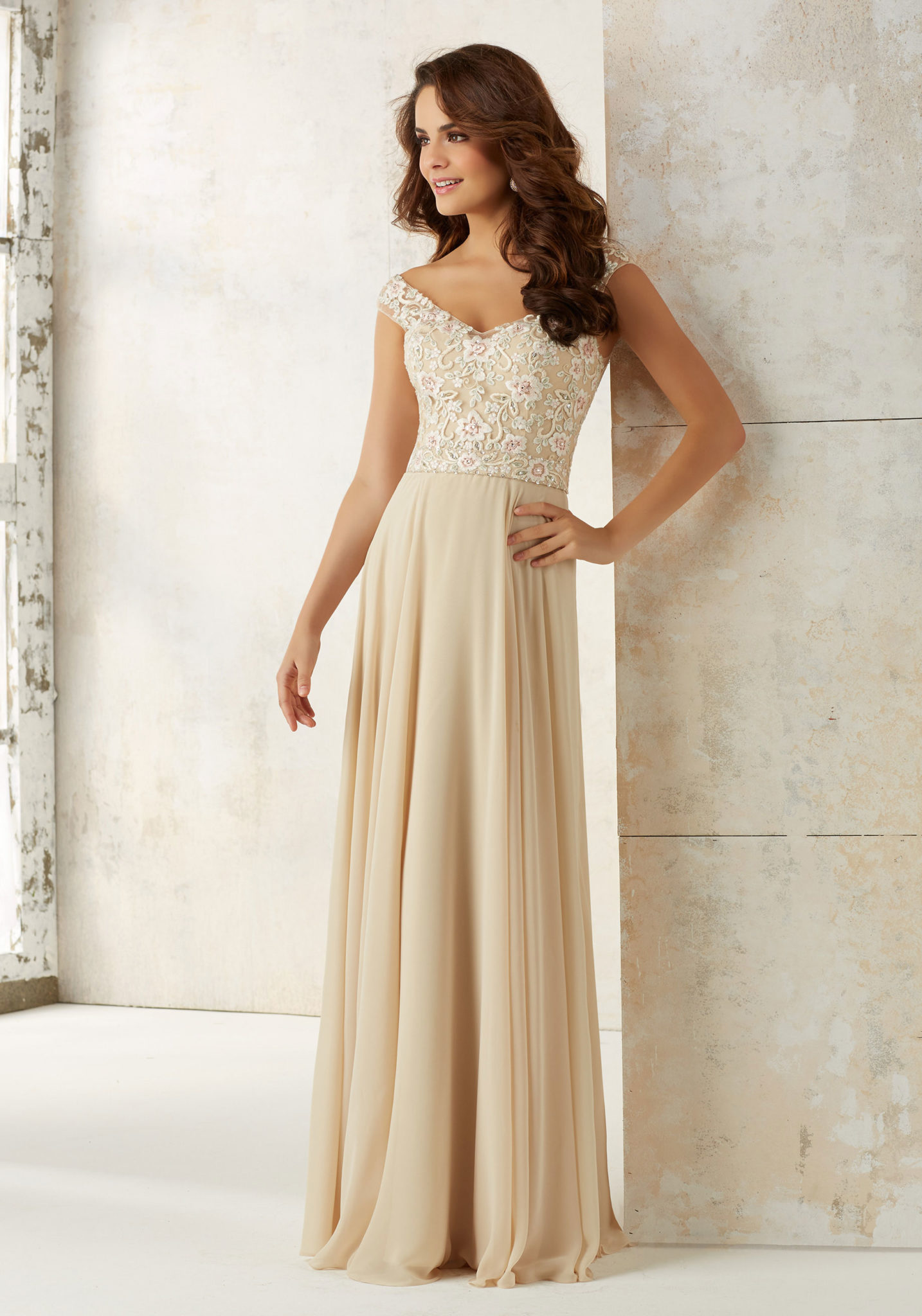 Bridesmaids lauries bridal scottsdale arizona wedding dress lauries offers bridesmaids samples in all different sizes colors and fabrics our bridesmaids average in price between 150 180 ombrellifo Gallery